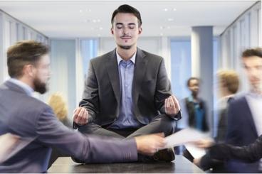 Budismo-en-la-oficina
