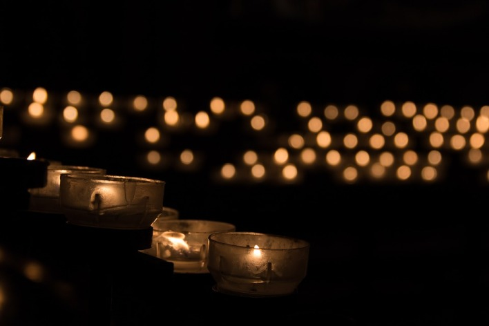 candle-1068947_960_720